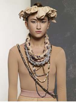 Jewellery Made of Tights