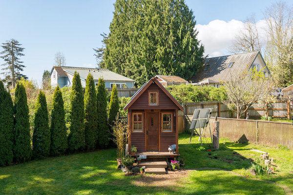 Tiny DIY Dwellings