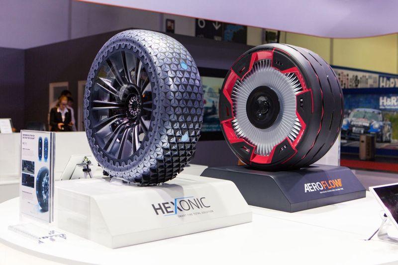 Autonomous Car Tire Concepts