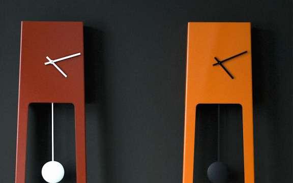 Clocks on Stilts
