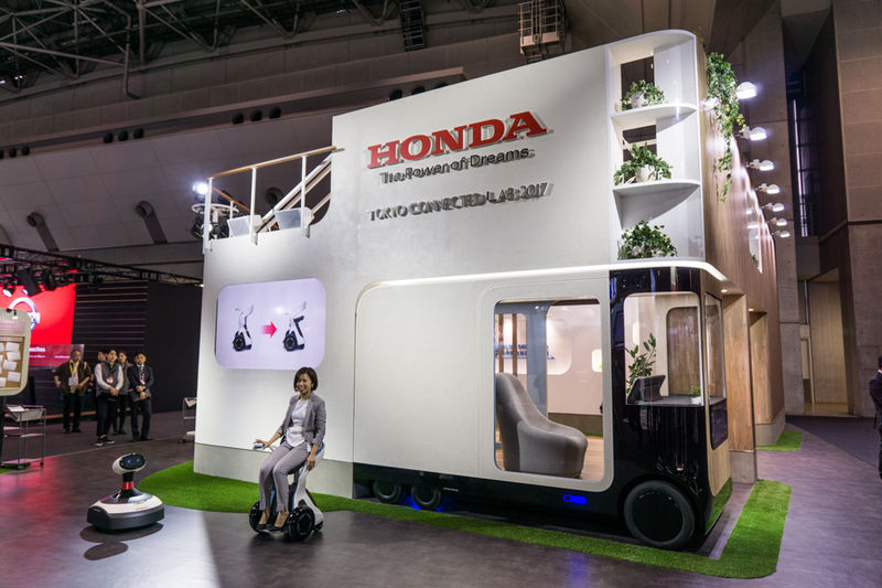 Home-Attachment Concept Vehicles
