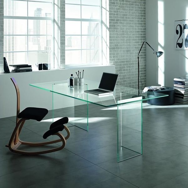 Minimalist Transparent Tabletops