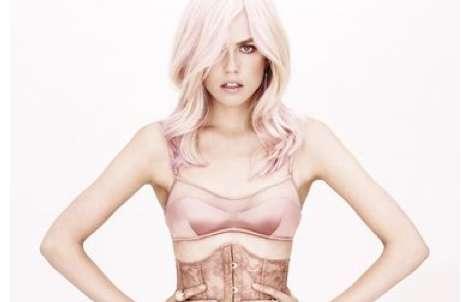 Perky Pink-Hued Pictorials
