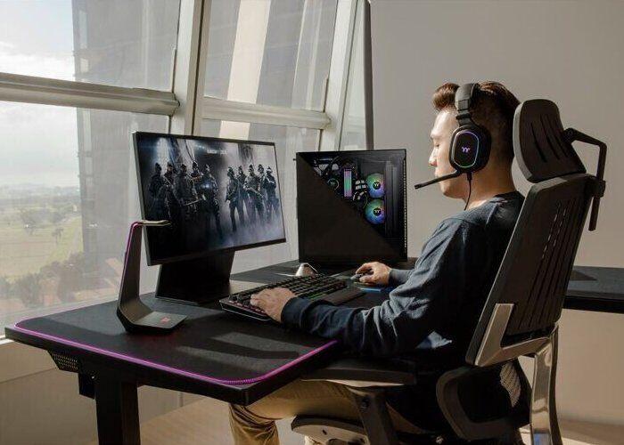 Customizable Gaming Furniture