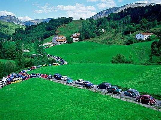 Staged Traffic Jams