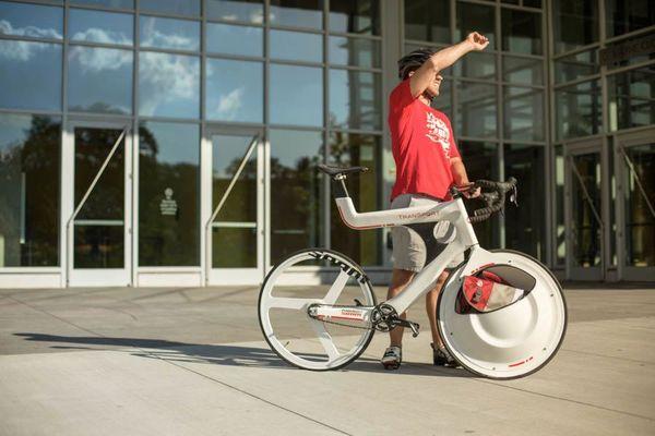 Wheel-Embedded Bike Baskets