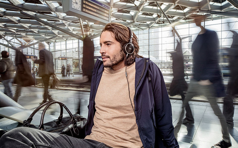 Noise-Banishing Travel Headphones