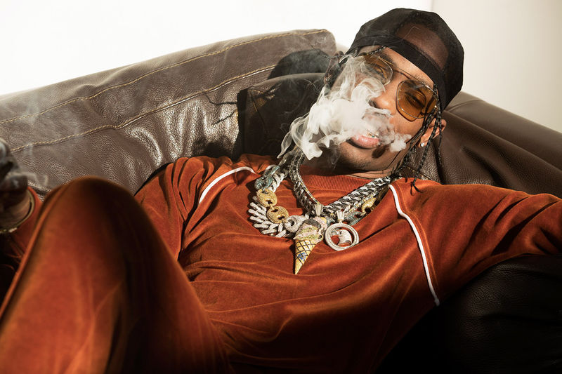 a4d5648e6264 Retro-Styled Rapper Editorials : Travis Scott photo
