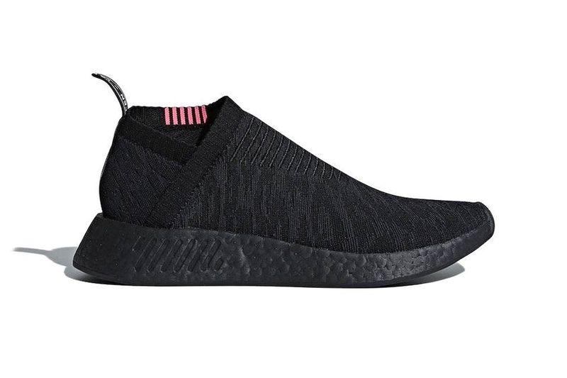 Minimalist Sock Sneakers : triple black
