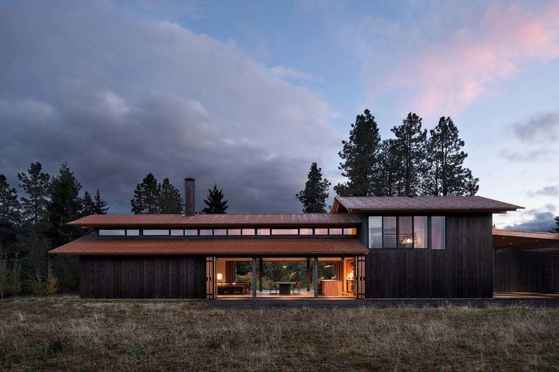 luxe contemporary farming homes trout lake house