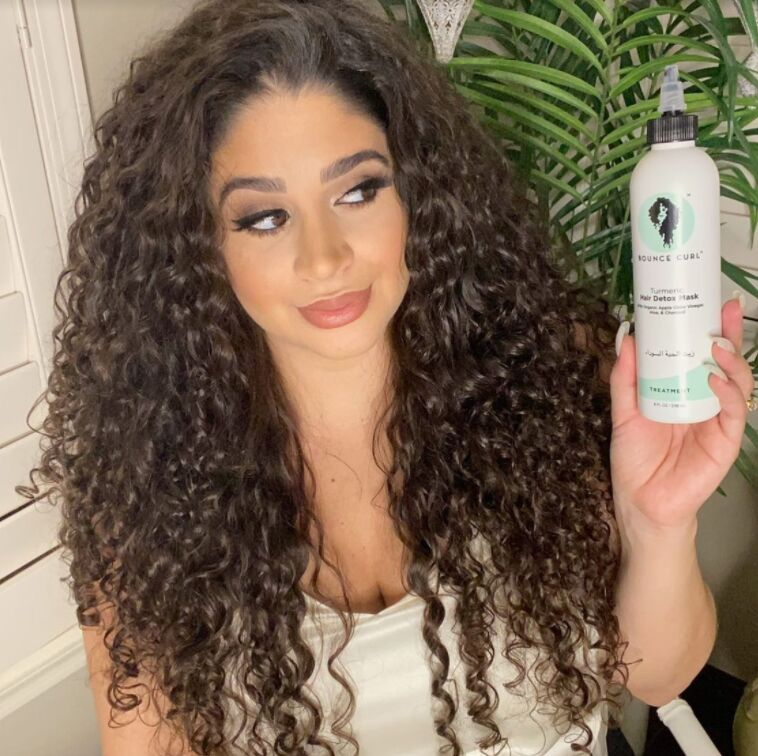 Detoxifying Turmeric Hair Treatments