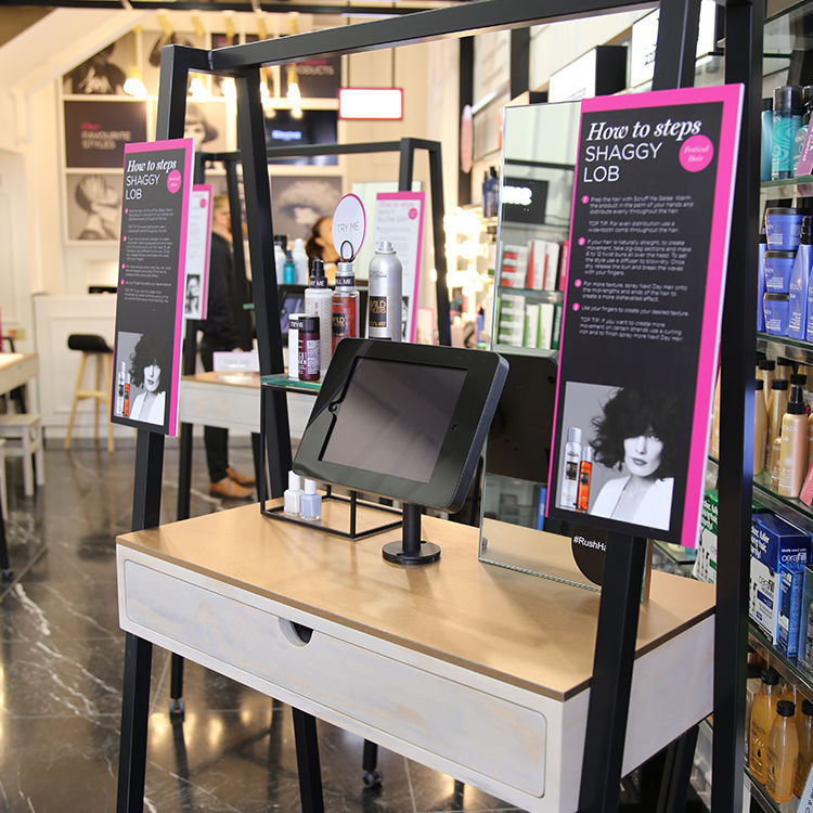 Product-Recommending Beauty Displays