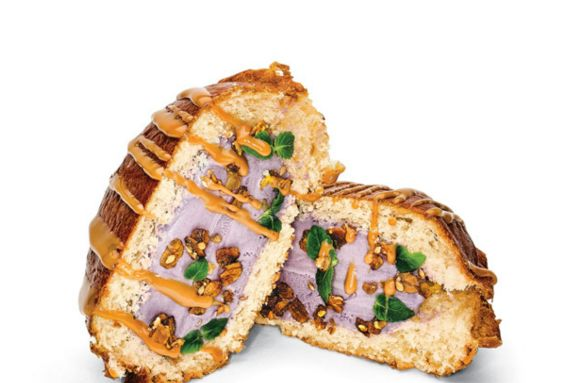 Gourmet ice cream sandwiches ube ice cream sandwich for Gourmet ice cream sandwich