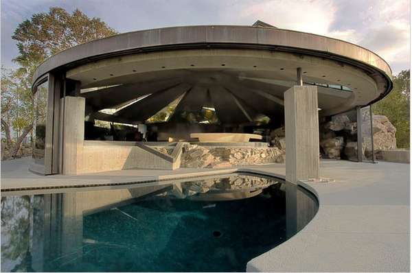 UFO Inspired Architecture John Lautners Homes Of The Future