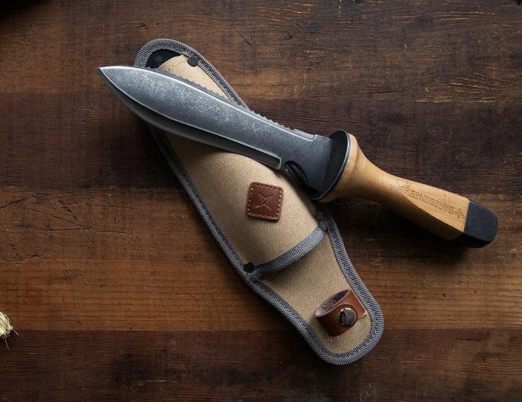 Dual-Edge Blade Knives