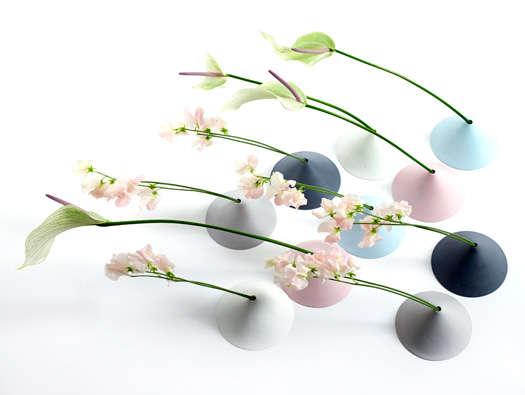 Compact Minimalist Vases