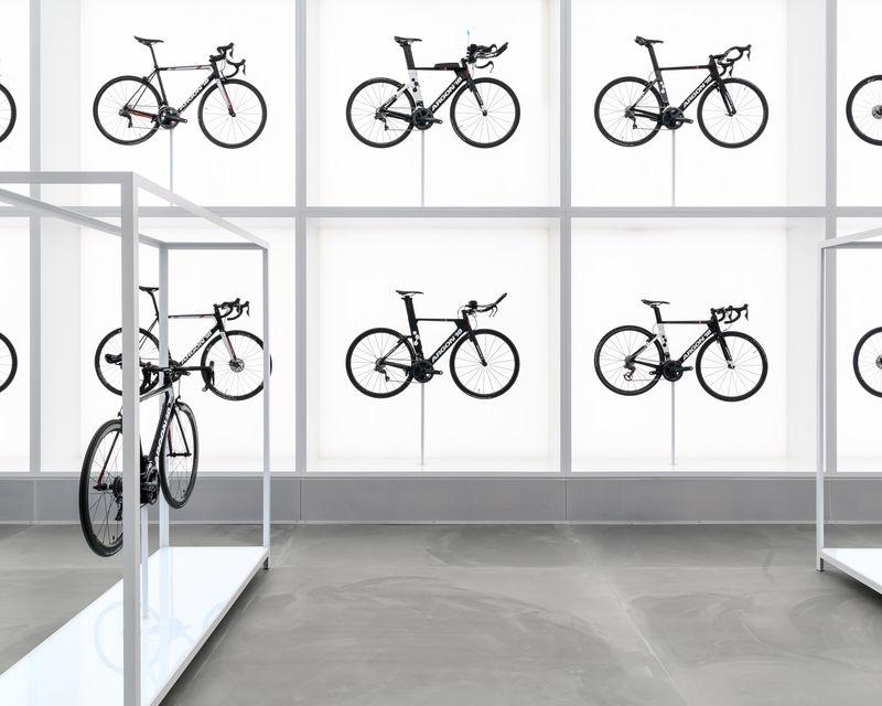 Lab-Like Cycling Shops