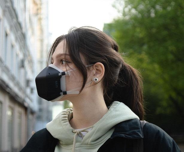 Light-Powered Purification Masks