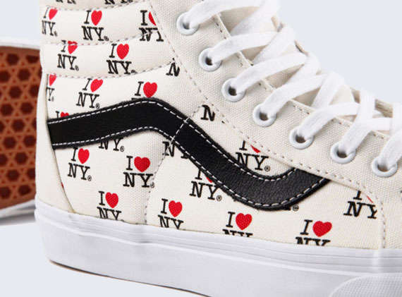 City-Styled Skate Shoes