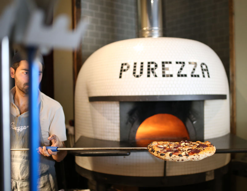 Wood-Fired Vegan Pizzerias