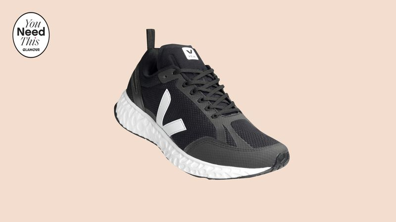 Minimal Eco-Friendly Running Shoes