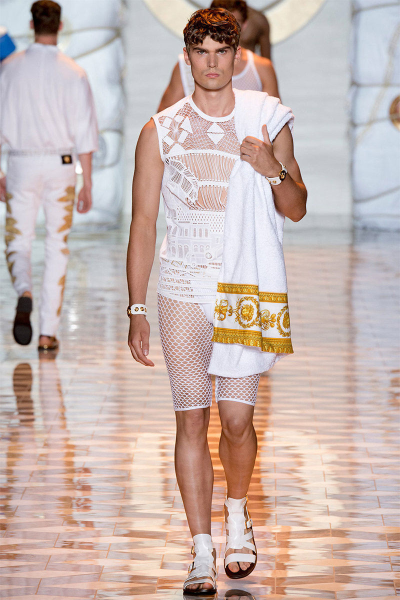 Opulent Vacationer Menswear Versace Spring Summer 2015