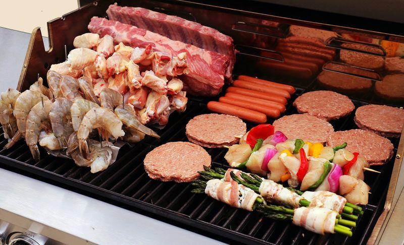 Grill-Expanding BBQ Racks