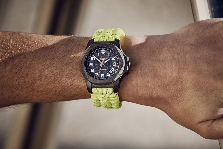 Space Shuttle Carbon Timepieces