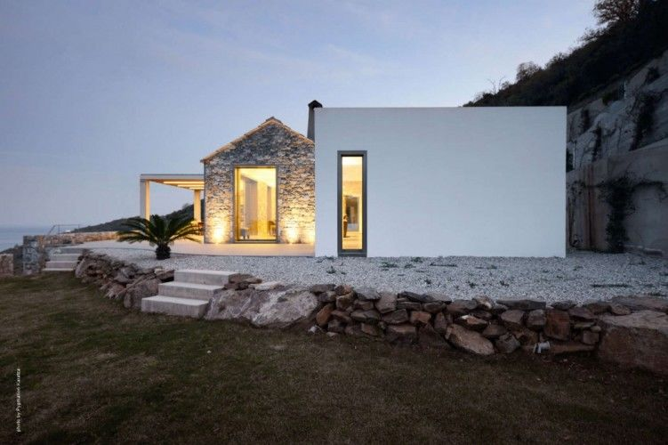 Minimalist Greek Retreats