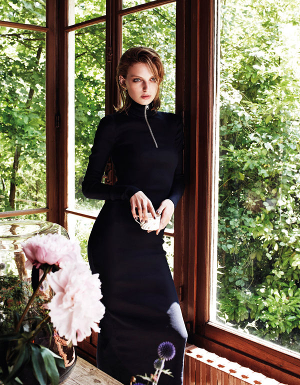 Elegantly Seductive Editorials
