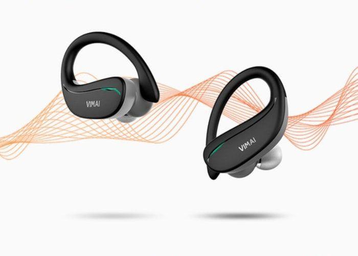 Workout-Analyzing Earbuds