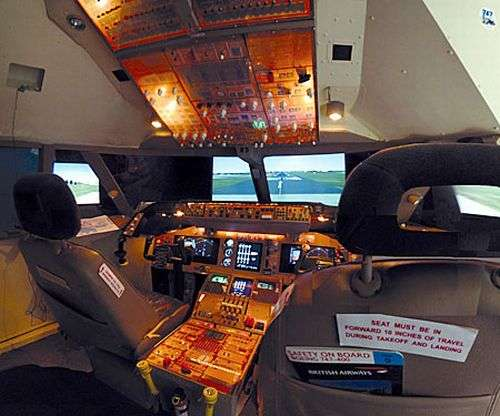Wannabe Pilot Replicates 747 in $30,000 Bedroom