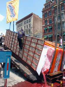 Erecting a 16 Tonne Ice Pop: Publicity Stunt Ends in Disaster