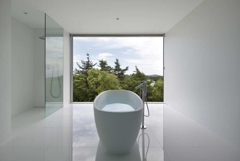Minimalist White Bathrooms