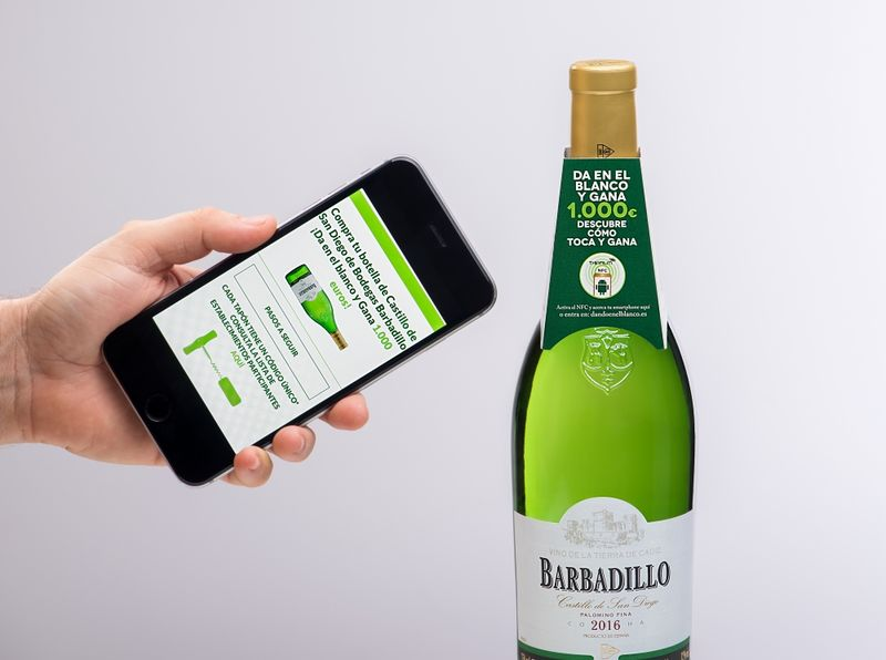Connected Wine Bottles