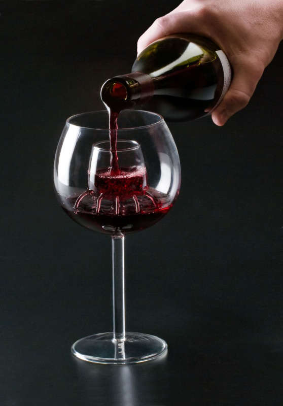 Aerating wine glasses wine aerating Unusual drinking glasses uk