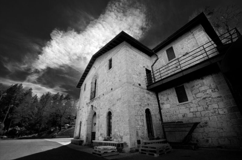 Paranormal Winery Tours