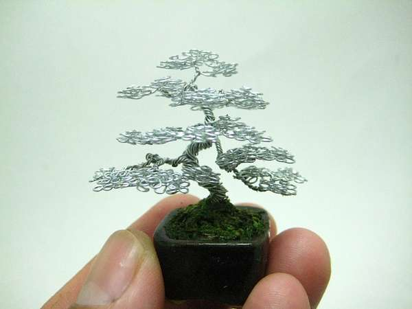 Miniscule Wire Bonsai Replicas