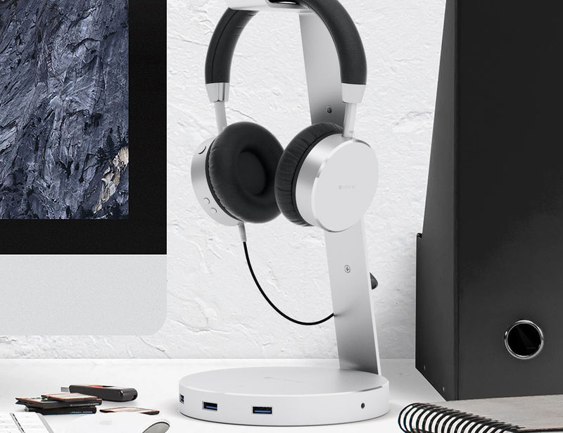 USB Port Headphone Stands