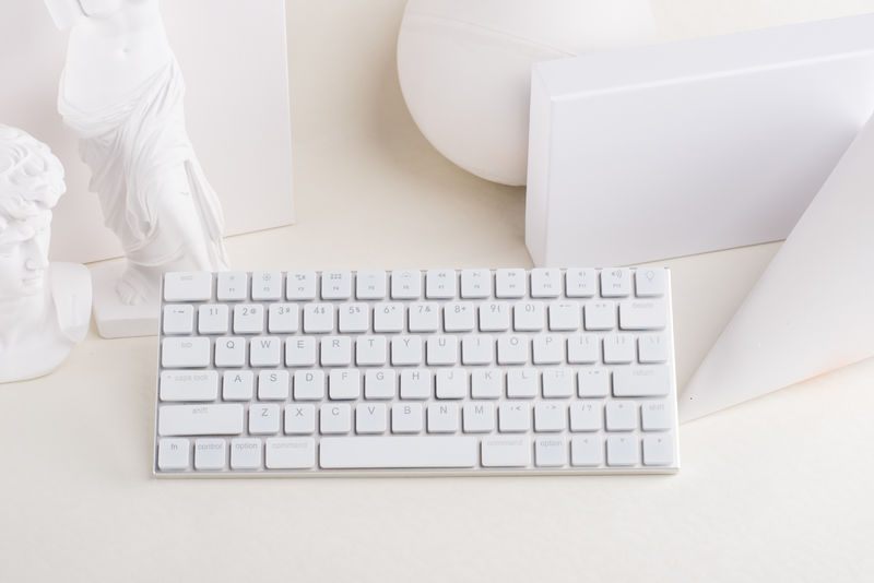 Ultra-Minimalist Wireless Keyboards