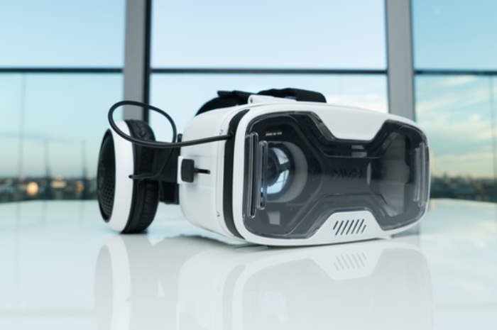 Untethered VR Gaming Headsets