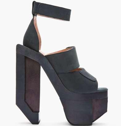 Geometric Heels