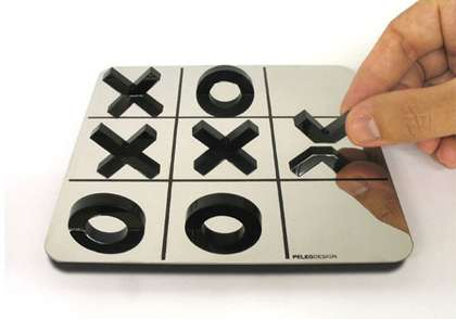 Optical Illusion Tic-Tac-Toe: The XO Game