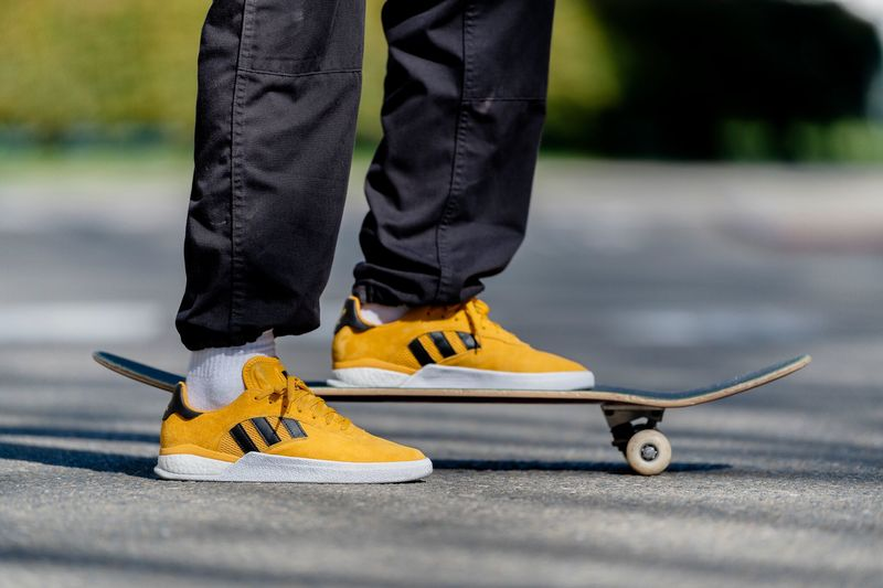 Vibrant Yellow Skateboarding Shoes