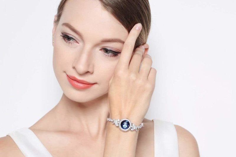 Health-Tracking Jewelry Pieces