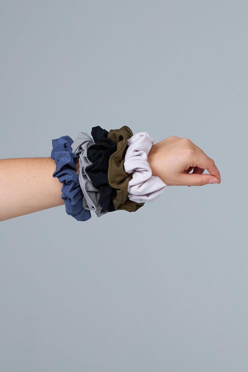 Sustainable Zero-Waste Scrunchies