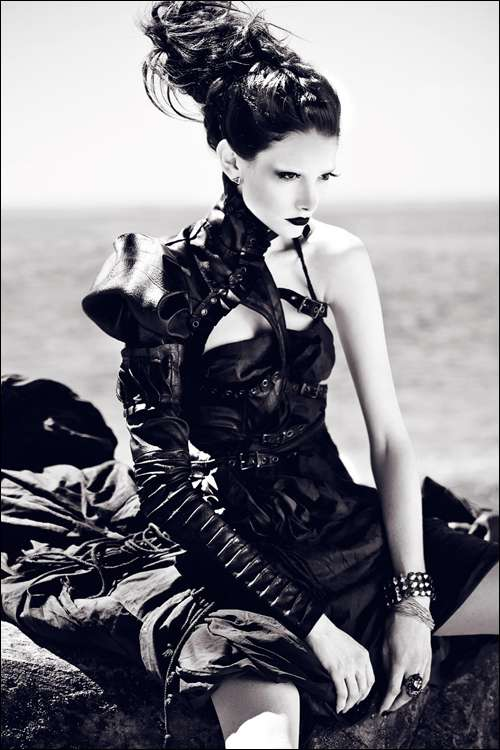 Gothic Glamazon Fashion
